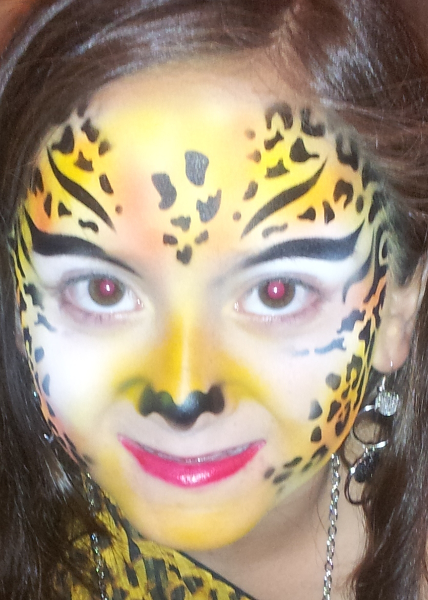 Airbrush tattoos and airbrush face painter in houston for Cheap face painting houston